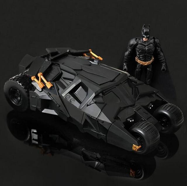Genuino Batman Carro Modelo El Caballero Oscuro Con La Figura De