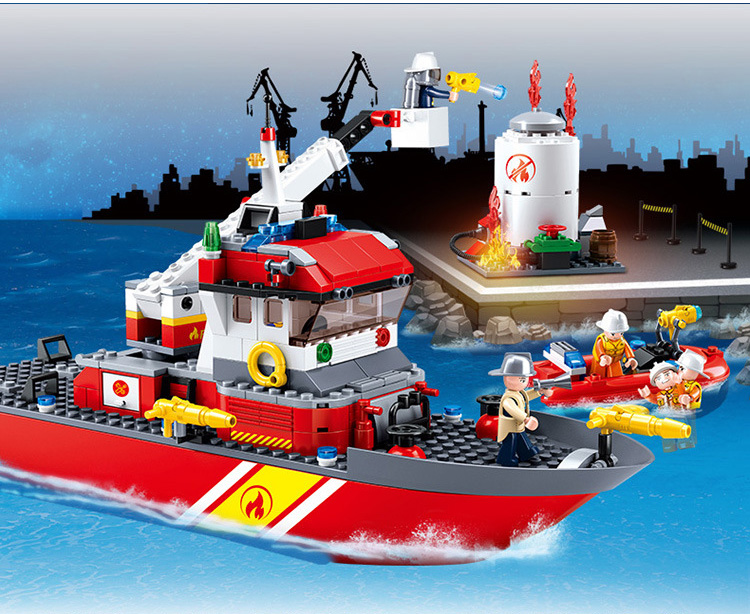 Models Building Toy 0630 429pcs City Fire Hero Pioneer Fire Boat