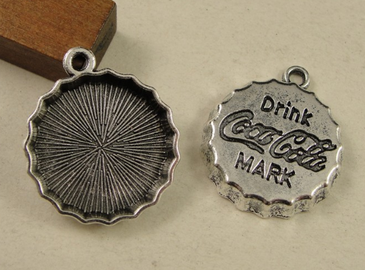100pcs charm Beer bottle cap drink  mark pendant 2.4g Antique silver bronze Accessories Handmade  bracelet necklace Jewelry