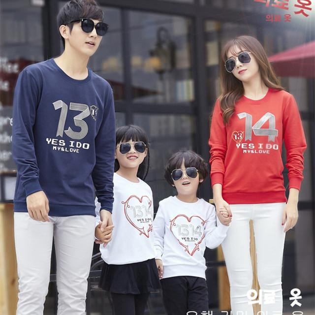 1 Unidades 2016 Familia Mirada de Navidad Carta de Mamá y Yo Juego de Ropa Ropa de La Familia Establece Madre Padre Hija Bebé T-shirt