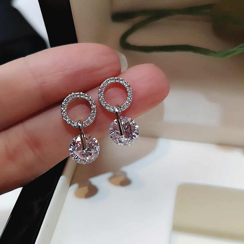 Luxury Circle Crystal Stud Earrings Round Pendant Silver Color Shiny Zircon Round Fashion Piercing Ear Party Jewelry