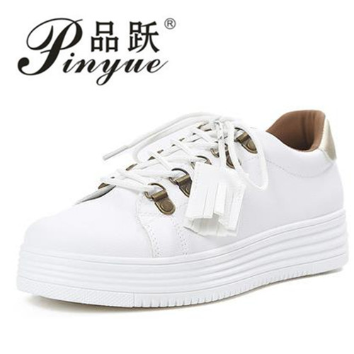 Breathable Fashion White Shoes Woman Footwear Flats 2018 Spring Summer Pu Slip on Casual Shoes Women Hot Sale Copper flats shoes women shoes 2016 high fashion shoes men spring summer women s flats casual shoes pu leather 2016