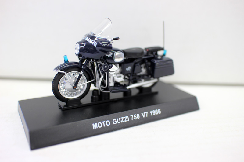 High simulation MOTO GUZZI 750 V7 1966 model,1: 24 scale alloy motorcycle toy ,metal diecasts,free shipping