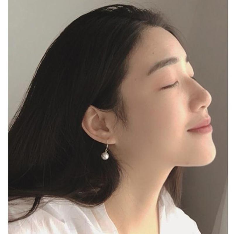 CN/_ Fashion Girl Face Long Hair Faux Pearl Earrings Hollow Women Party Jewelry