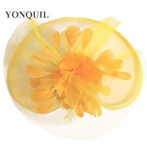 Image 5 - 黄色の羽の花の魅惑的な結婚式のヘアクリップやヘッドバンド冬パーティーロイヤルアスコットブライダル教会ショー帽子グレート品質