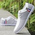 Homens sapatos casuais 2016 new arrivals moda Dos Homens confortáveis sapatos de lona simples