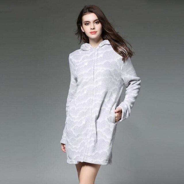 56ec37b898268 Dames Peignoir Femmes Molleton À Glissière De Bain Robe De Mariée De  Mariage de Demoiselle D
