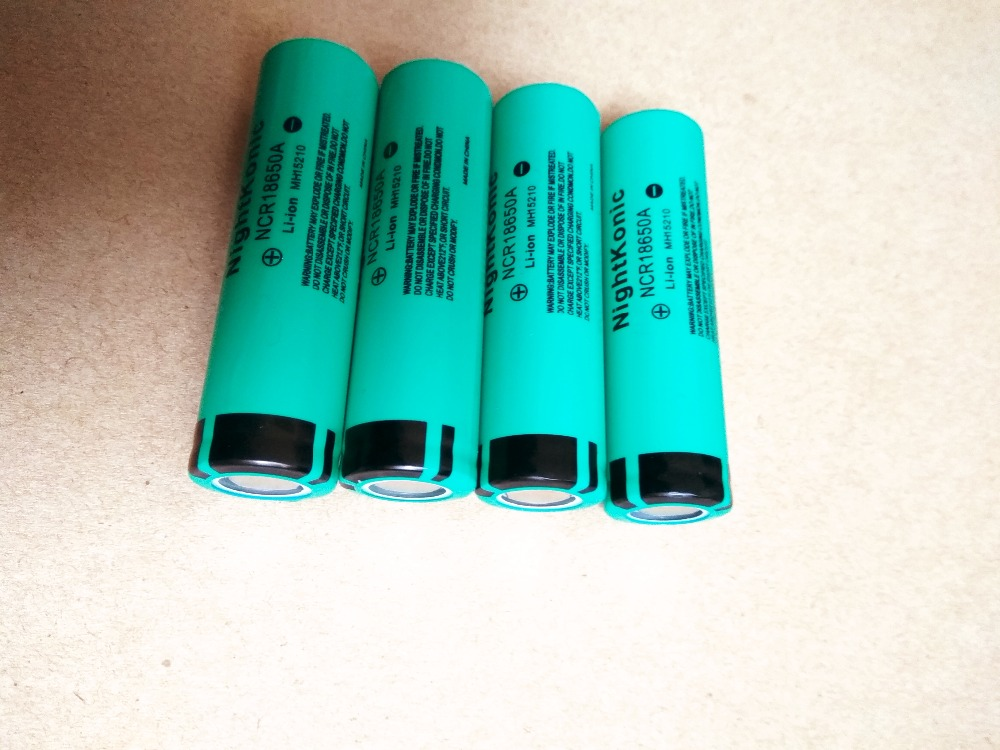 Nightkonic 4 PCS LOT 18650 battery 3 7V Li ion Rechargeable Battery 18650B Flat top Green 1 PCS EU US 4 slot Charger in Replacement Batteries from Consumer Electronics