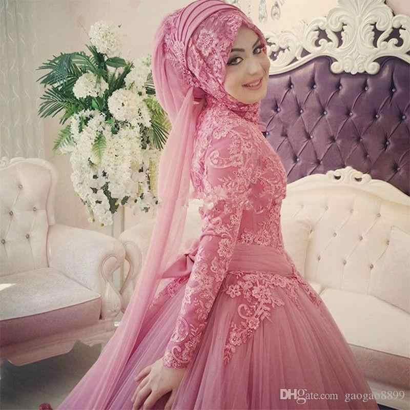Arabic Muslim Wedding Dress 2018 Turkish Gelinlik Lace Appliques Ball Gown  Islamic Bridal Dresses Hijab Long Sleeve Wedding Gown