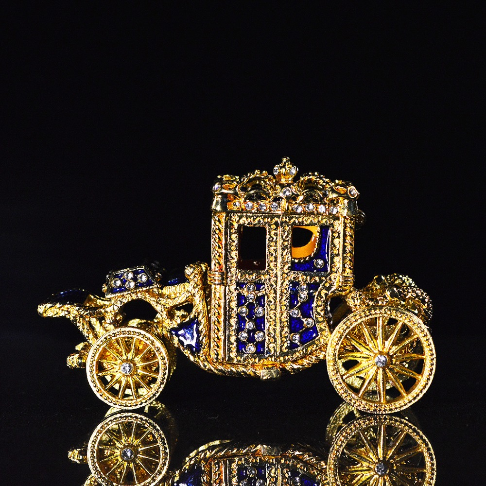 QIFU New Arrival Royal Carriage Shape Ring Box