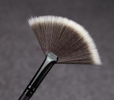 Slim Forma de Leque Pincéis De Maquiagem Em Pó Mistura de Corretivos Acabamento Highlighter Destacando Profissional compo Escovas Definidos