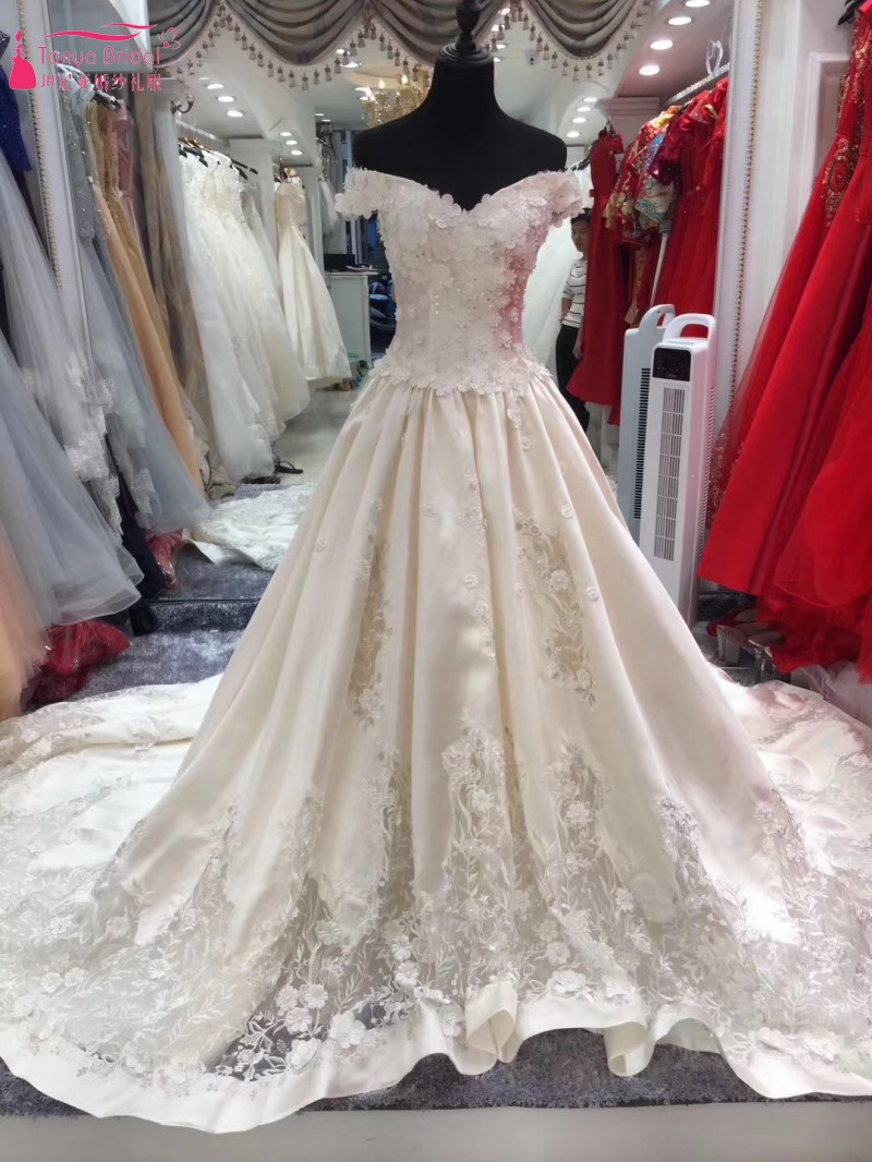 A Line Wedding Dress 2018 Chapel Train Vestido De Noiva Unique Vintage Dresses With Embroidery Robe Mariee Dqg026 In From
