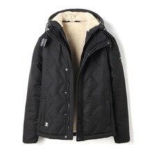 ea257efdac33d MRMT 2018 de marca de los hombres de invierno chaquetas de terciopelo  engrosada con capucha abrigo