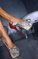 Сексуальная змеиной на толстой платформе платье вечерние женские туфли на плоской подошве 2018 круглый носок без шнуровки женские туфли лодо