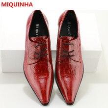 Плюс Размеры 2017 Мужская обувь Туфли-оксфорды на шнуровке туфли на среднем каблуке Острый носок человек дизайнер красное платье обувь в деловом стиле мужская обувь