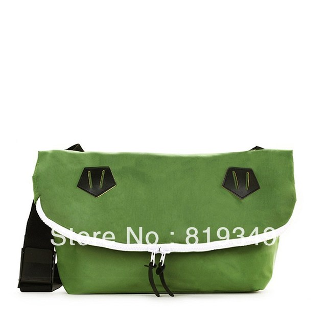2013 NEW VANCL Unisex Solid Stylie Urban Legend Messenger Bag Weather-resistant Casual Style Multiple Colour FREE SHIPPING