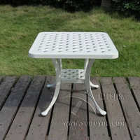 Cast aluminum coffee table for garden leisure Outdoor furniture used for years