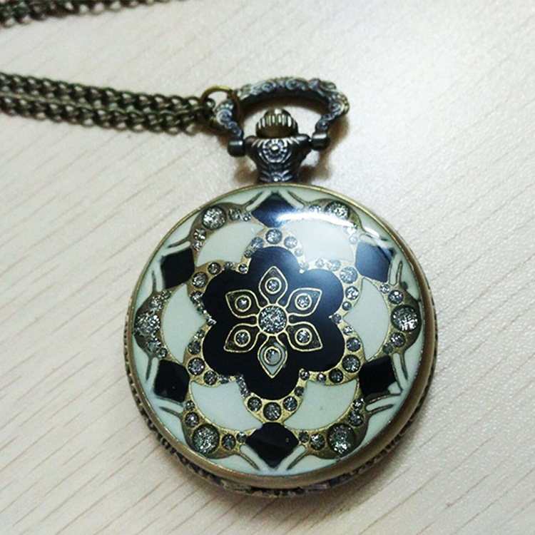 8071  Retro Glass Pattern Pocket Watch Flower Diamond Ceramic Case Exquisite Gift Fashion Bronze Bracelet Fob Table