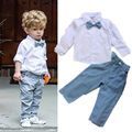 2015 Novos Meninos Roupas Terno Macacão Cavalheiro laço longo-sleeved + calças 2 pcs terno de Brim jeans Kids Bebê set Free grátis