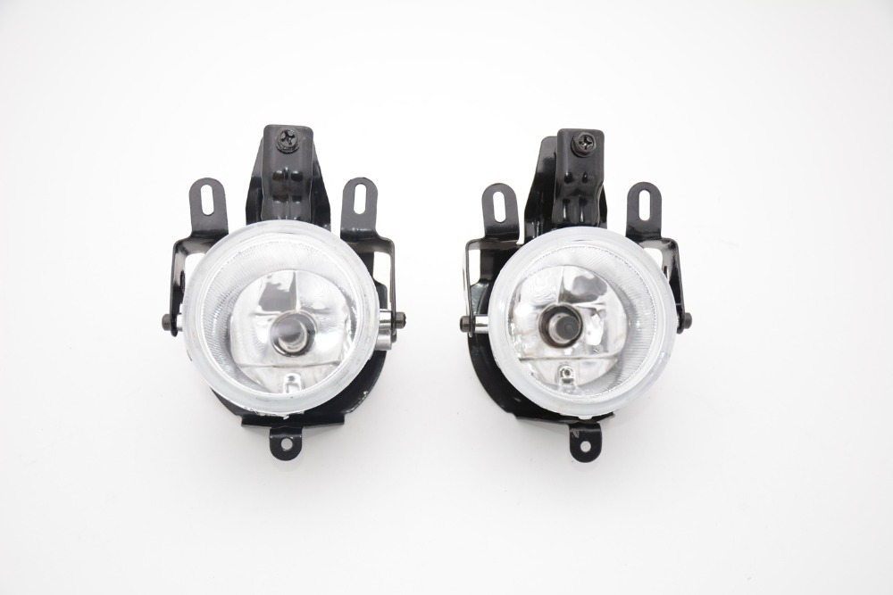 1Pair MN133758 Front Bumper Fog Driving Lamp Light With Bulb For Mitsubishi Pajero V73 2003-2006 1pair lh rh front bumper headlamps headlights mr991926 mr991925 for mitsubishi outlander 2003 2006