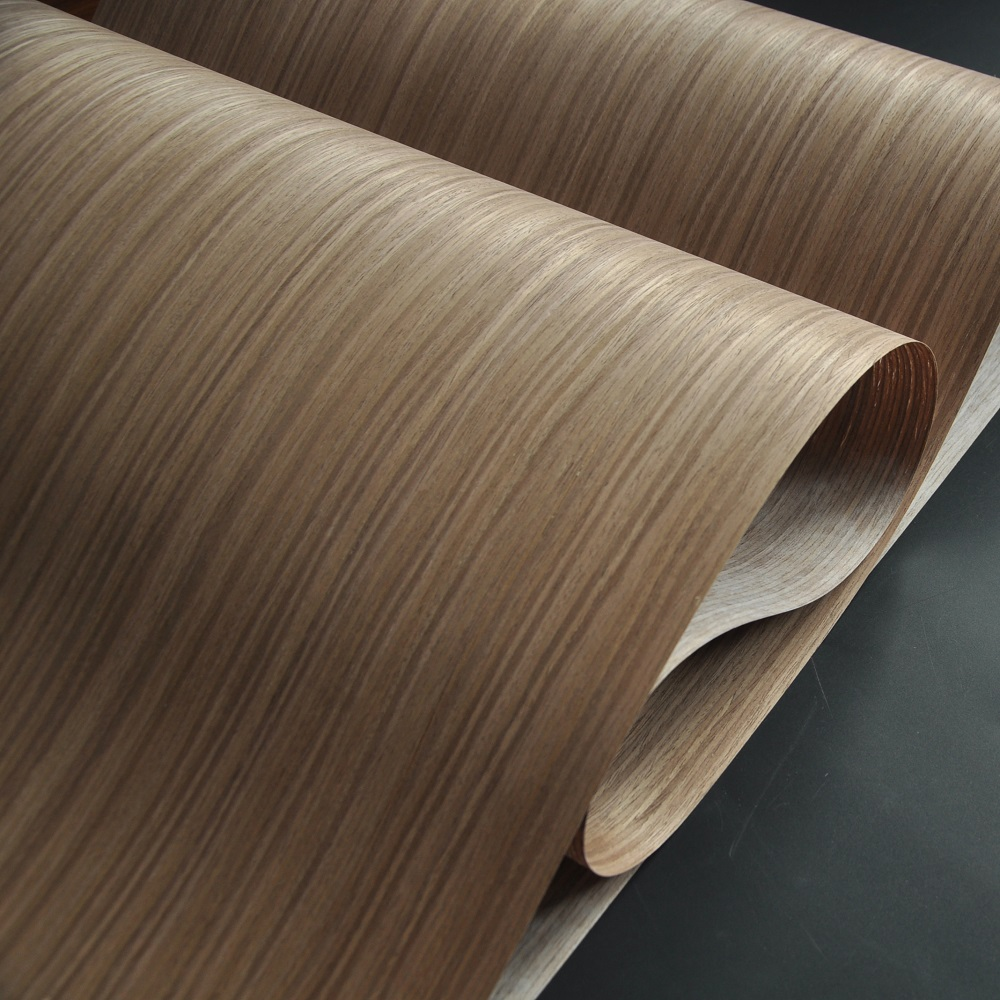 Walnut Engineered Wood Veneer with Fleece BackerWalnut Engineered Wood Veneer with Fleece Backer