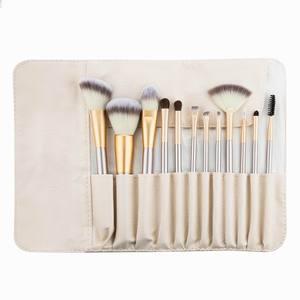 Image 5 - RANCAI Hohe Qualität Make Up Pinsel Set 12 stücke Foundation Powder Blush Lidschatten Kosmetische Werkzeuge Mit Leder Tasche