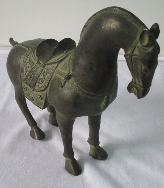 Rare Chinese Old Bronze Carved Tang Dynasty Horse Sculpture 1 Pair 2piece