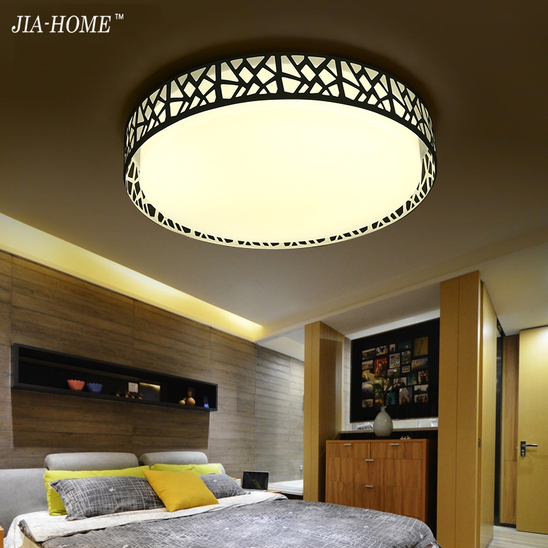 Фотография New Modern round ceiling lamp multicolorful LED personalized bedroom light simple study restaurant lighting lustre