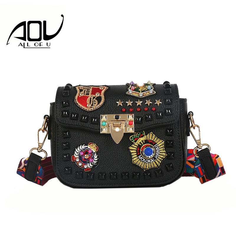 New Design Women Crossbody Bags 2018 Fashion Color Rivet Shoulder Bag Female High Quality PU Leather Small Flap Messenger Bag