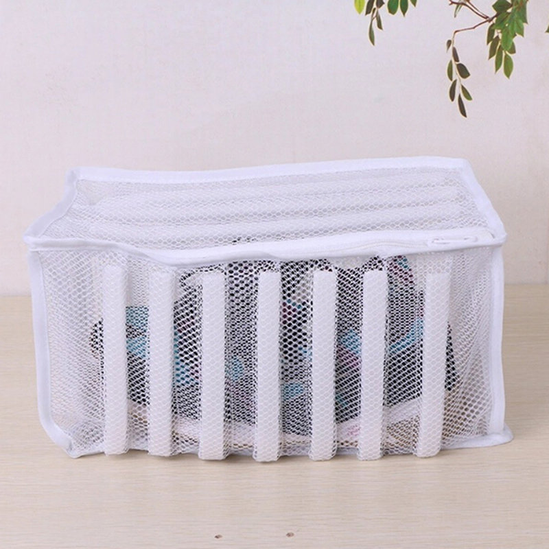 New White Padded Laundry Net Wash Bag For Protecting Trainers And Shoes In The Washing Machine Shoes Washing And Drying Bag