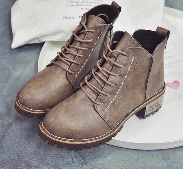 Ботинки «Мартенс» для девочек, британский стиль, Студенческая обувь на высоком каблуке, корейский стиль, бархатная обувь из сотовой кожи, осенне-зимняя обувь для девочек