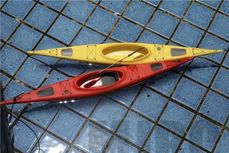 แม่พิมพ์คุณภาพสูงรุ่น KAYAK จำลองเรือสำหรับ 1/10 RC tracked รถ Traxxas TRX4 D90 D110 Axial Scx10 90046 FordBronco