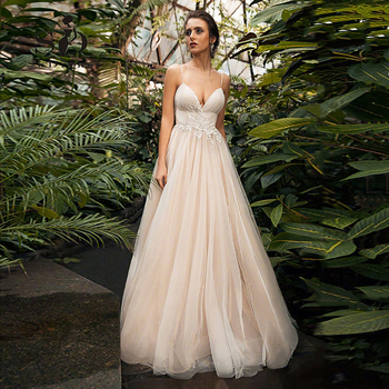 Beach Wedding Dress Spaghetti Straps Peach With Delicate Appliques Sexy Vestido de noiva 2019 Custom Made
