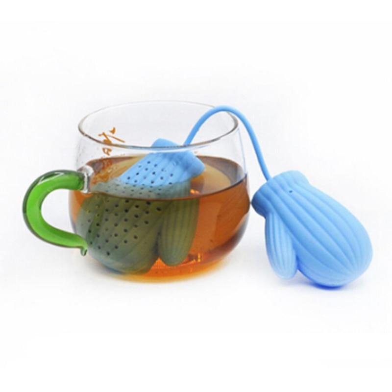Tea Infuser Loose Leaf Santa Claus Glove  Strainer Silicone Filter Y