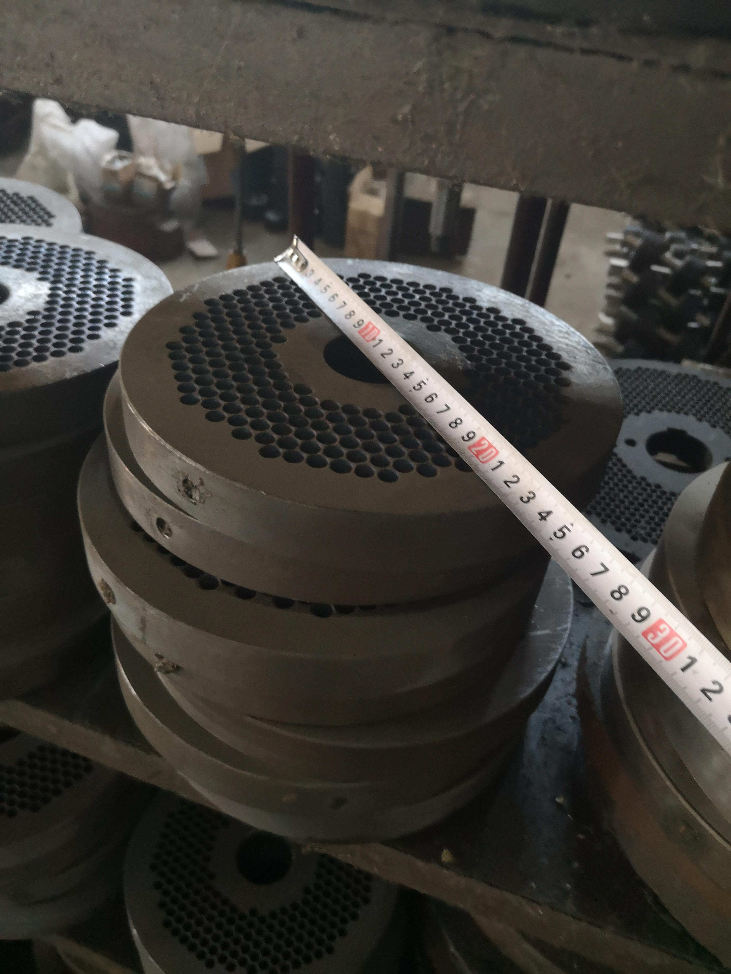 6 mm diameter die and roller, roller shaft of MKL225 pellet machine free shipping to door