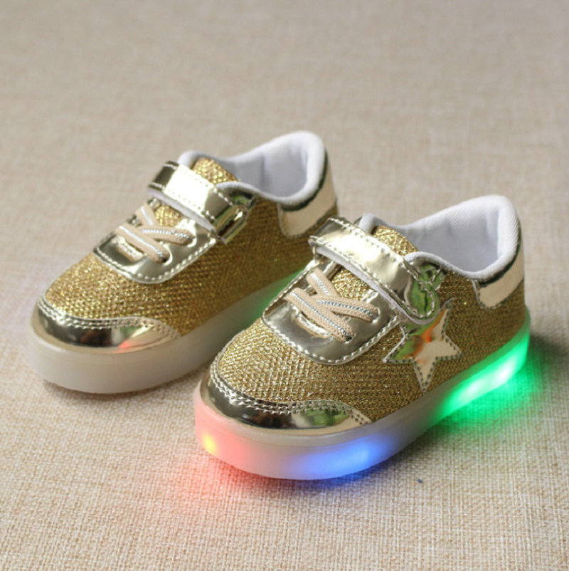 2016-New-Autumn-Toddler-Brand-Kids-LED-Luminous-Sneakers-Breathable-Child-Colorful-Flashing-Baby-girls-Sport-Shoes-with-light-1