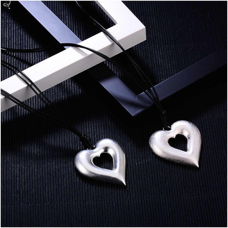 Shineland 2 warstwa czarny PU skóra w stylu Vintage miłość serce Hollow wisiorki wypalania i ciągnienia drutu srebrne wisiorki dla kobiet mężczyzn 2018