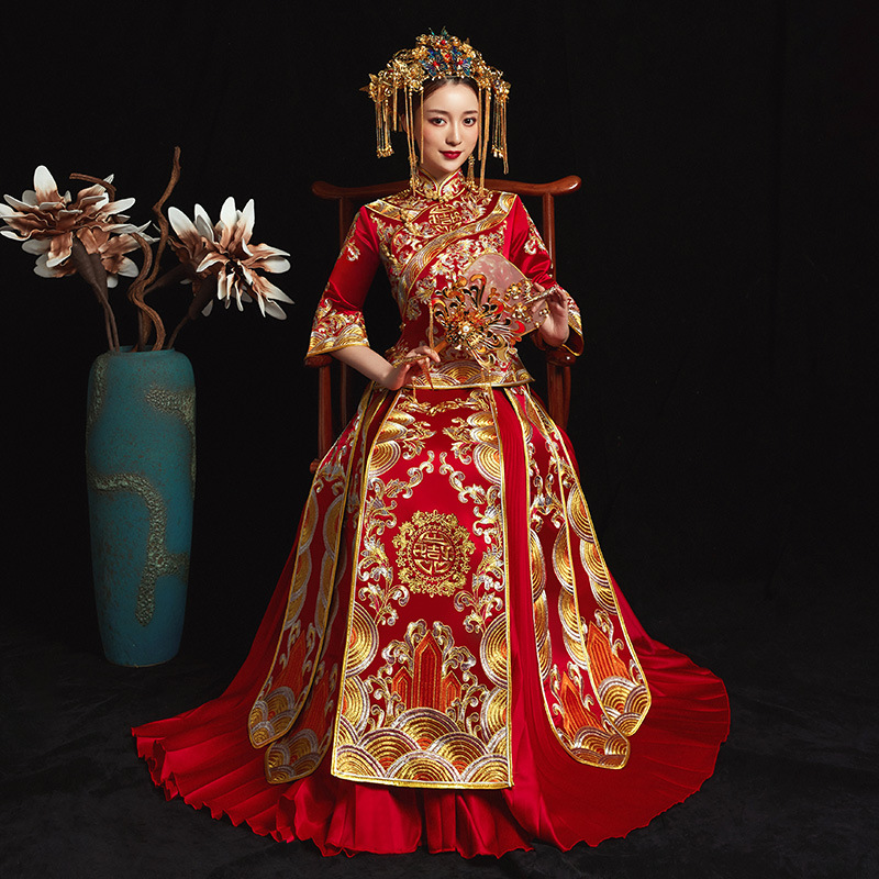 Chinese National Wedding Clothes RED Ladies Vintage Embroidery Qipao Oriental Bride Pleated Dress High Quality Cheongsam Suit