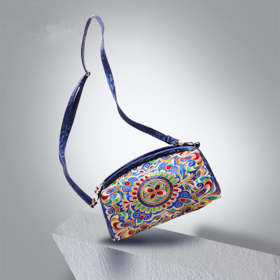 New fashion embroidered Shopping bags!Hot Floral embroidery shoulder cross-body womens handbag Top All-match National Handbags