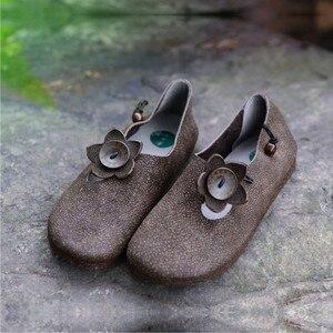 Image 2 - Johnature 2020 جديد الربيع/الخريف حقيقية أحذية جلدية بدون كعب الرجعية عادية جولة تو الضحلة زهرة الانزلاق على أحذية النساء الشقق