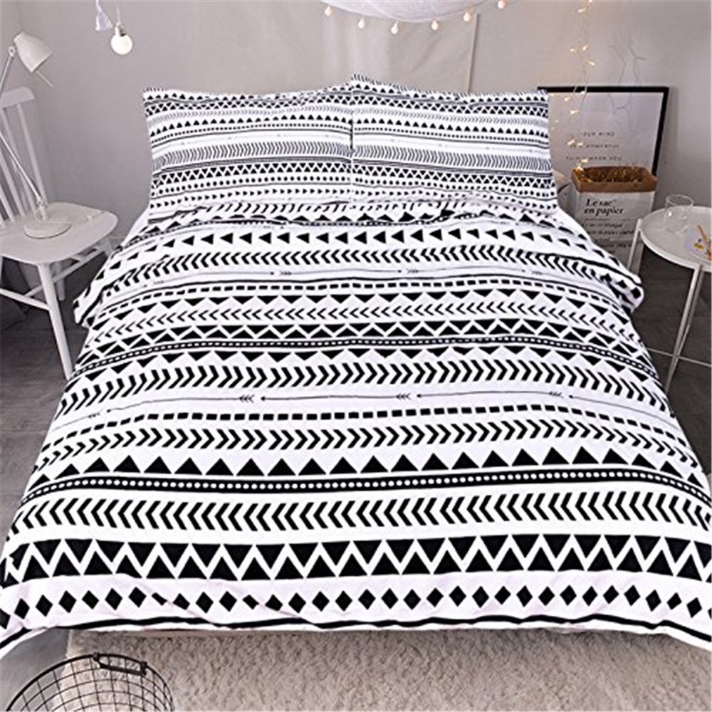 Double Bed 100 Us 44 02 30 Off Black White Bedding Sets Luxury 100 Cotton Queen King Size Double Bed 3pcs Bed Linens Couples Pillowcase Duvet Cover Set F In