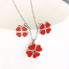 Stainless steel jewelry accessories set heart-shaped four-leaf clover earrings necklace necklace female fashion jewelry lucky clover glass cabochon jewelry set women fashion crescent moon chain necklace earrings bracelet set sg