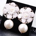 Hot sale Fashion Jewelry Sexy Elegant charming shining high quality simulated pearl Flowers Women earrings Best friend gift