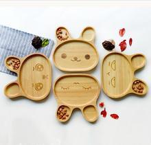 2016 mode Cartoon Kaninchen Holz Platte Mit Unterteilt Tablett Vorspeise Platte 3 Fach Teller Für Kind Obst 20*20*6,2 cm