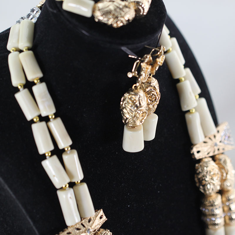 Amazing White Long Coral Beads Necklace Set White Coral Costume African Beads Jewelry Set Gold Fashion Amazing White Long Coral Beads Necklace Set White Coral Costume African Beads Jewelry Set Gold Fashion Coral Beads CNR057