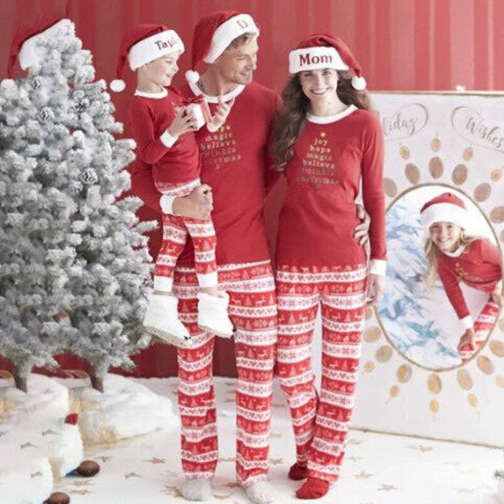 Leisure Home Clothes Red Christmas Pajamas Suit New 2017 Deer Print Mother Father & Kids Family Sleepwears Parent-child Outfit