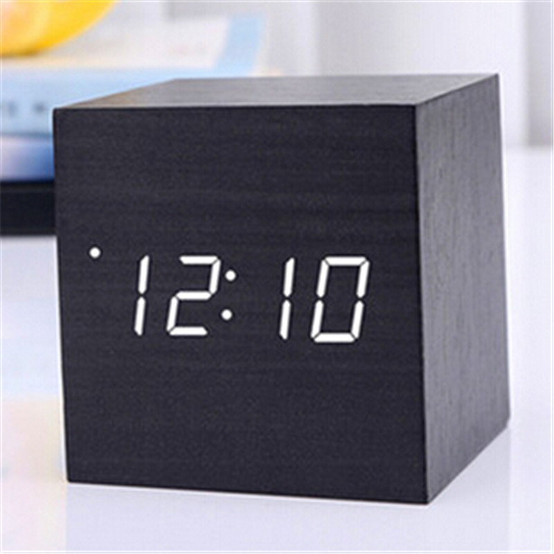 Digitale Thermometer Houten Wekker Alarm Datum Bureauklok Tafel USB Opladen Korte Voice-activated Elektronische Home Decor