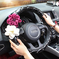 Luxury Diamond Rhinestone Rose Flower Car Steering Wheel Cover Leather Covered Crystal Steering Wheel Covers Women