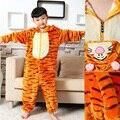 2016 Niños de Los Niños de Invierno Franela Animal Onesie Pijamas Tigre Pijamas Cosplay Disfraces Niñas Niños Con Capucha ropa de Dormir Pijamas Conjuntos