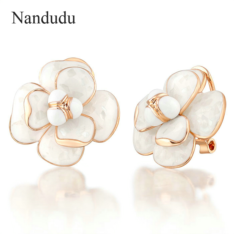 Nandudu Hot Sale Camellia Earrings Flower Stud Earring Woman Elegant Fashion Jewelry Gift E36